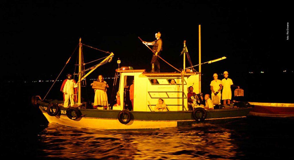 Entre os dias 11 e 16 de agosto acontece o FarOFFa no Sofá, festival que celebra o teatro e a dança com 130 espetáculos nos 6 dias de programação.