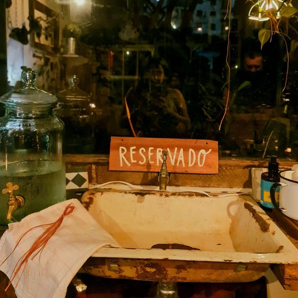 Um lugar reservado e seguro para jantar durante apandemia.