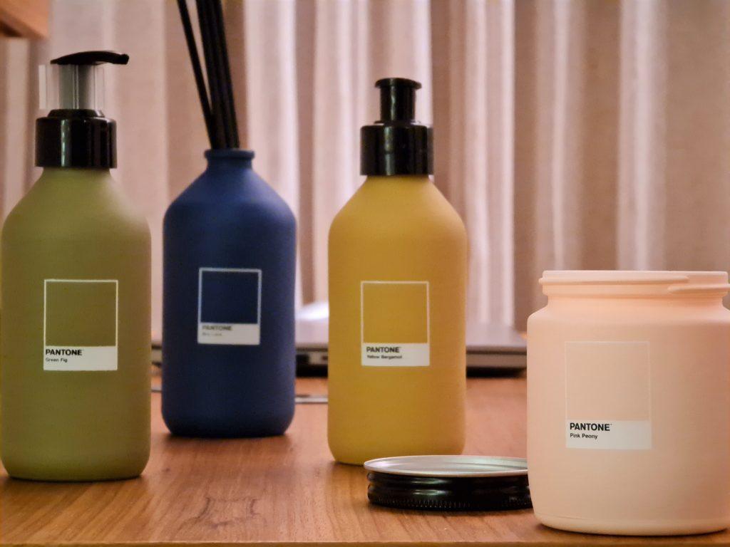 L´envie em collab com a Pantone pensando em sustentabilidade e consumo consciente