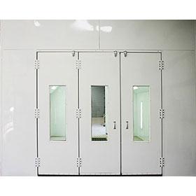 Col-Met Tri-Fold Door with Windows 8599