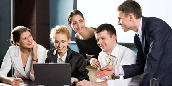 Cómo Llevarse Bien con los Compañeros de Trabajo