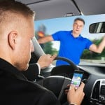 Cómo Evitar las Distracciones al Conducir