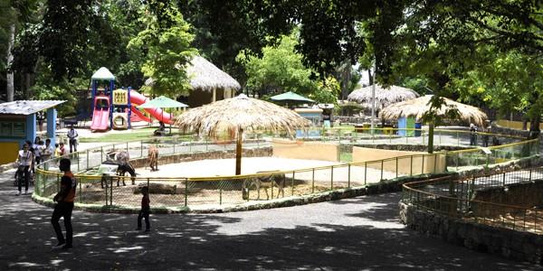 Parque Zoológico Nacional ZOODOM