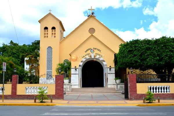 Parroquia San Rafael Arcangel - Tamboril