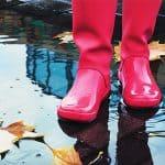 Cómo Mantener los Pies Secos Bajo la Lluvia