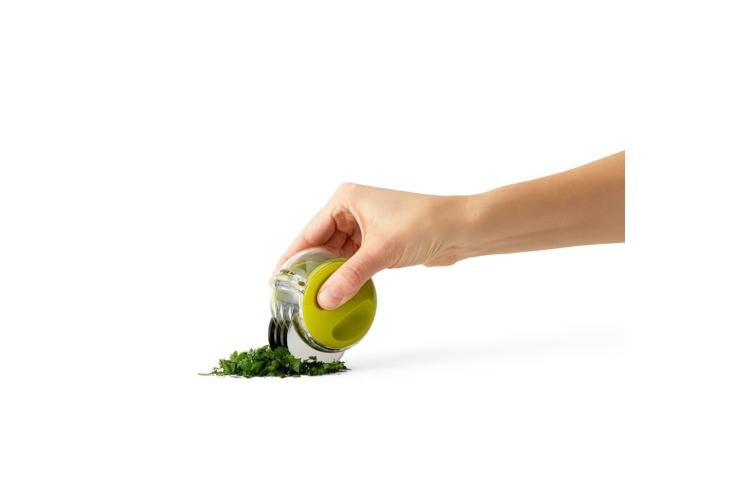 Chef'n HerbZoom™ Fresh Herb Mincer