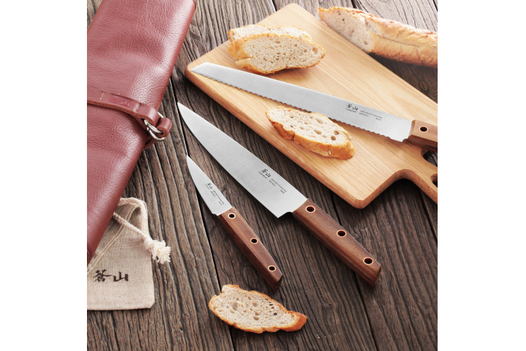 Cangshan W Series 4-Piece Leather Roll Knife Set