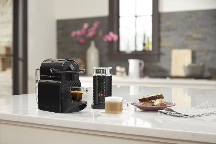 Nespresso by De'Longhi Inissia Espresso Machine with Aeroccino3 Milk Frother