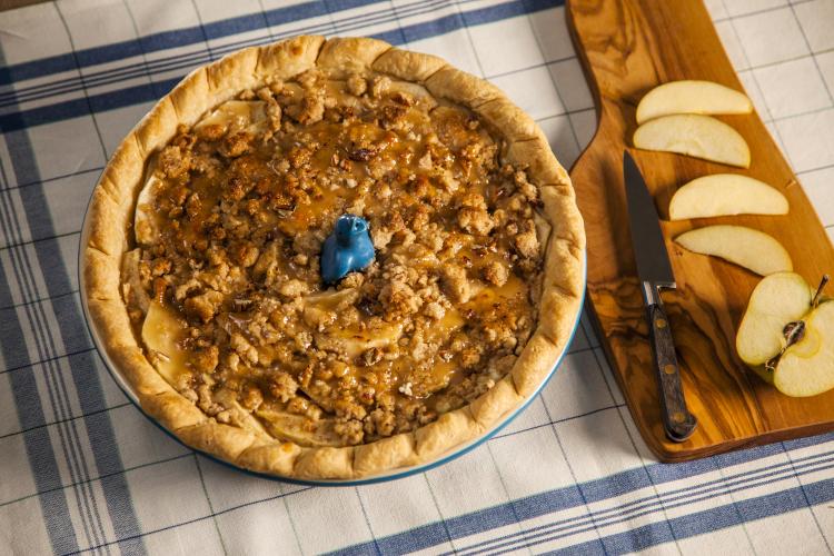 "Le Creuset Stoneware Heritage 9"" Pie Dish"