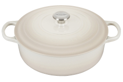 Le Creuset Signature Cast Iron 6 3/4 Quart Round Wide Dutch Oven - Meringue