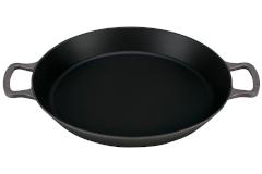 Le Creuset Cast Iron 3.25 Quart Paella Pan - Oyster
