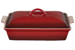 Le Creuset Stoneware Heritage 4 Quart Covered Rectangular Casserole - Cerise
