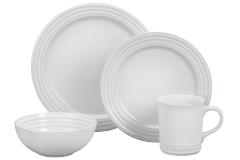 Le Creuset Stoneware 16-Piece Dinnerware Set - White