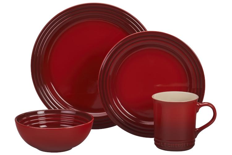 Le Creuset Stoneware 16-Piece Dinnerware Set - Cerise
