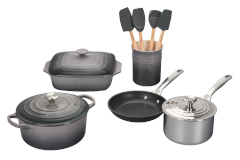Le Creuset 12-Piece Mixed Material Cookware Set- Oyster