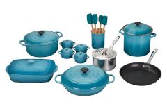 Le Creuset 20-Piece Mixed Material Cookware Set- Caribbean