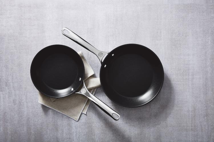 Le Creuset Toughened Nonstick 2-Piece Fry Pan Set