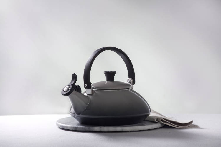 Le Creuset Enamel on Steel Zen Tea Kettles
