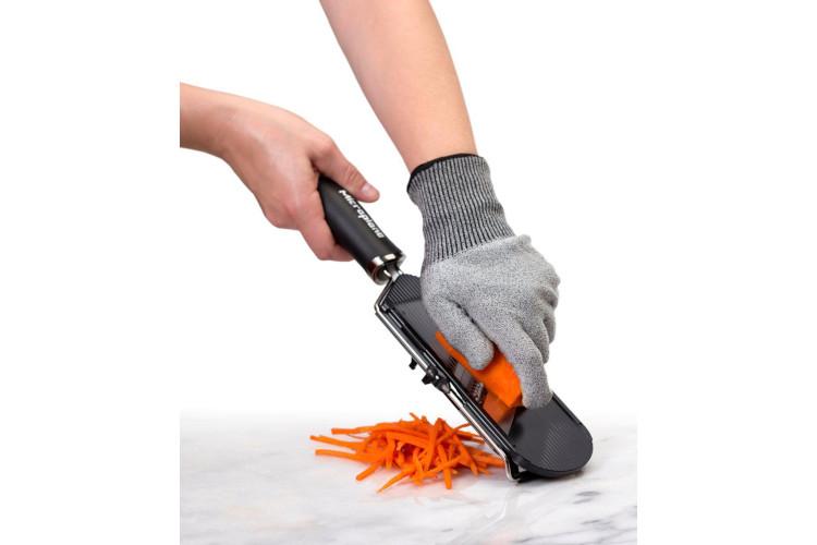 Microplane Cut Resistant Cutting Glove