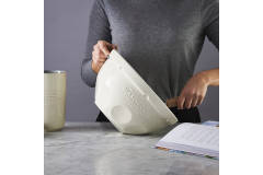 Mason Cash Innovative Kitchen 4.25 Quart Mixing Bowl Cream