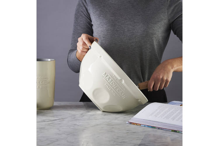 Mason Cash Innovative Kitchen 4.25 Quart Mixing Bowl Cream