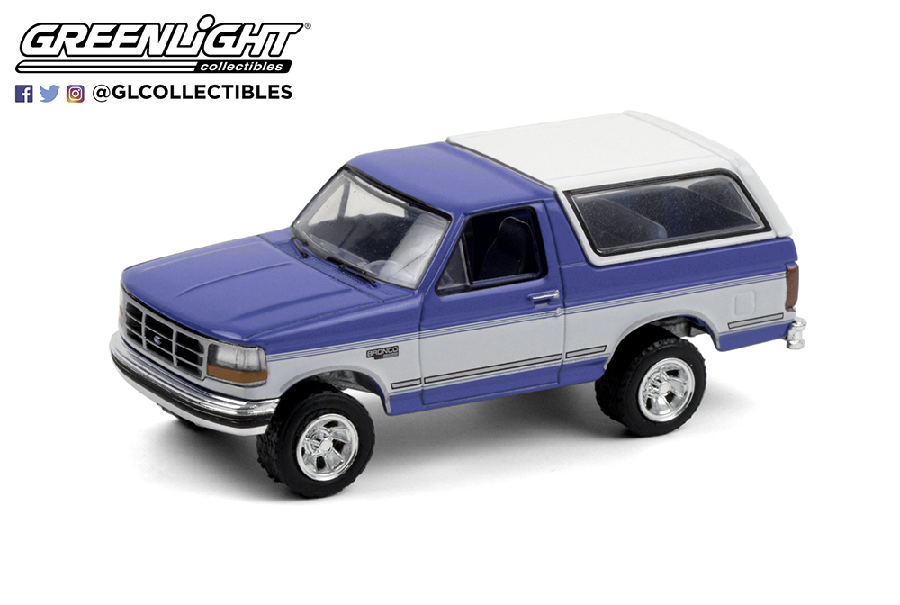 1:64 Blue Collar Collection Series 8 - 1992 Ford Bronco XLT (Bright Regatta Blue & White)