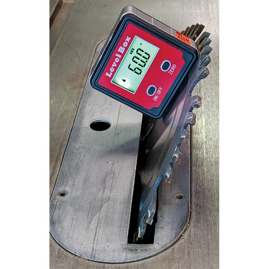 Digital Angle Gauge/Level Box C