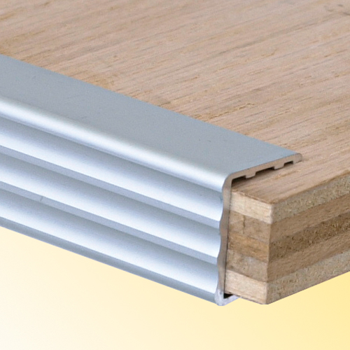 Extruded Shelf Stiffeners