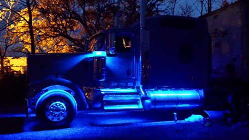 big rig remote control trucks with Led Lighting Projects on Jac Hfc1061k 26114 moreover Tesla Semi Truck Return Investment Roi as well Top 10 Best Rc Semi Trucks further Led lighting projects together with Custom Built 18 Wheelers Hot Rodcustom Big Rigs.