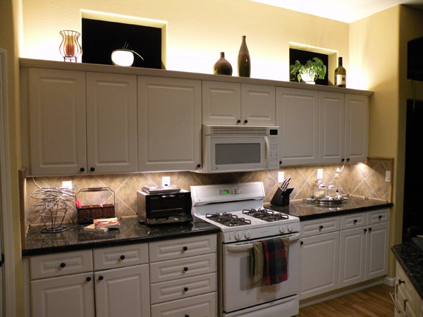 Warm white backlight modules under cabinet lighting for Kitchen cabinets lights
