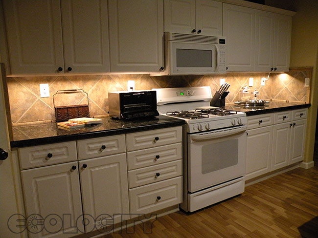 String Lights For Under Cabinets : Warm White Led Under Cabinet Lights - Manicinthecity