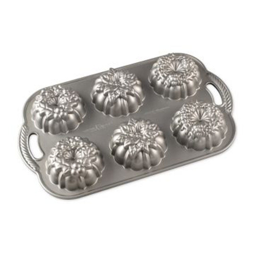 SALE!  Wreathlettes Pan - Nordic Ware