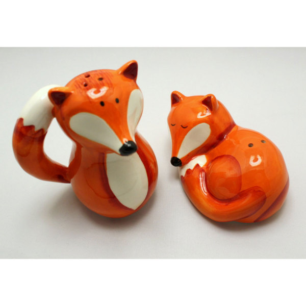 SALE! Fox Salt & Pepper Shaker Set