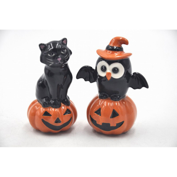 SALE!  Owl & Black Cat on Pumpkin Salt & Pepper