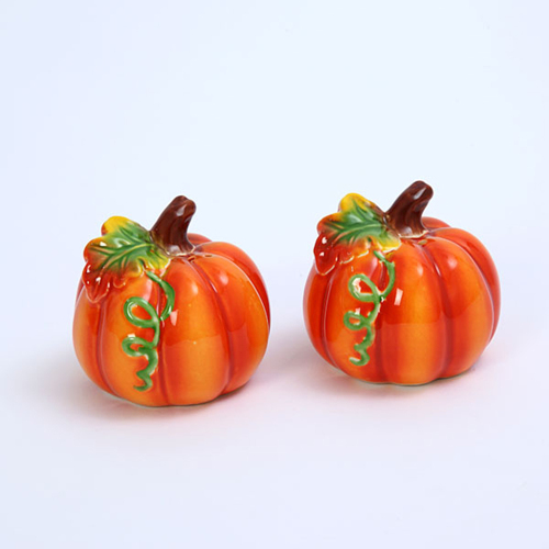 Pumpkin with Vine Salt & Pepper Set