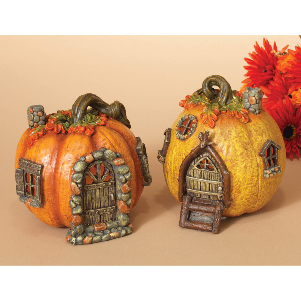 Lighted Pumpkin Gnome House