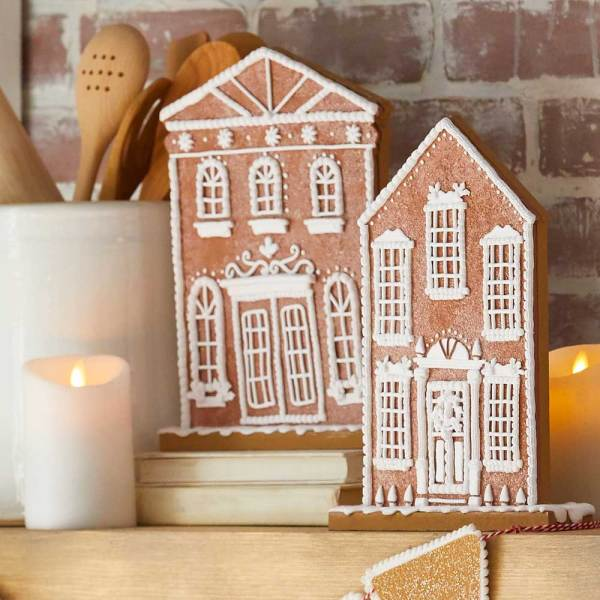 SALE!  Flat Gingerbread House Set