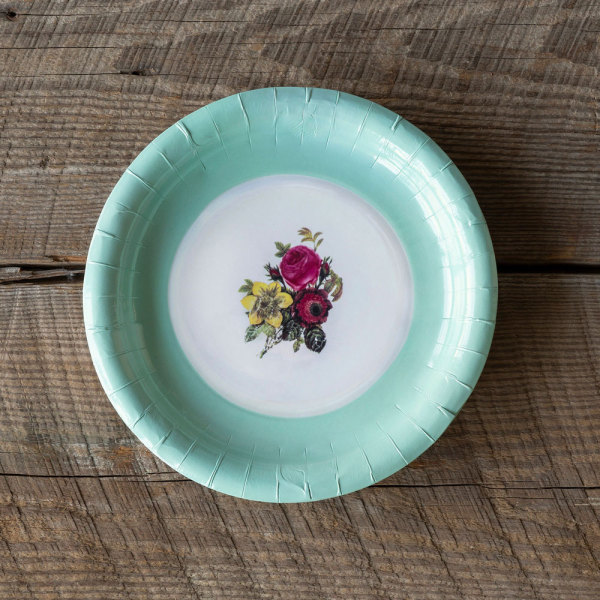 SALE!  Old China Look Paper Dinner Plates
