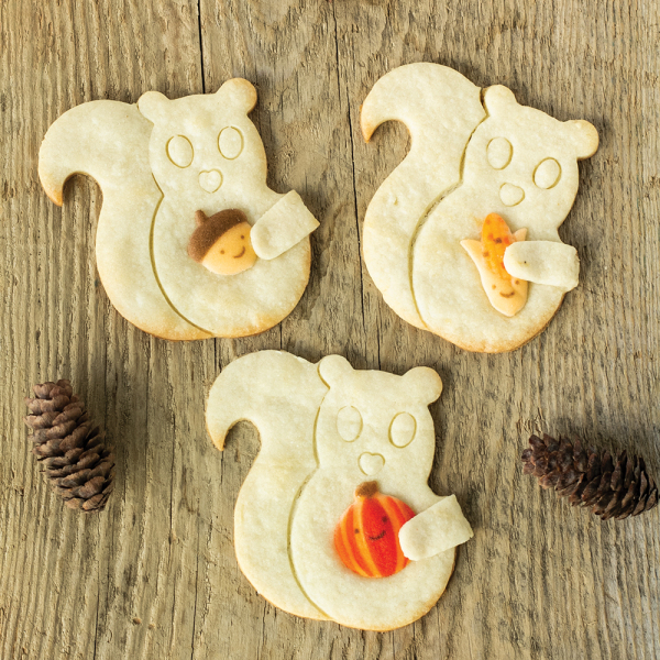 Cuddle Squirrel Cookie Cutter