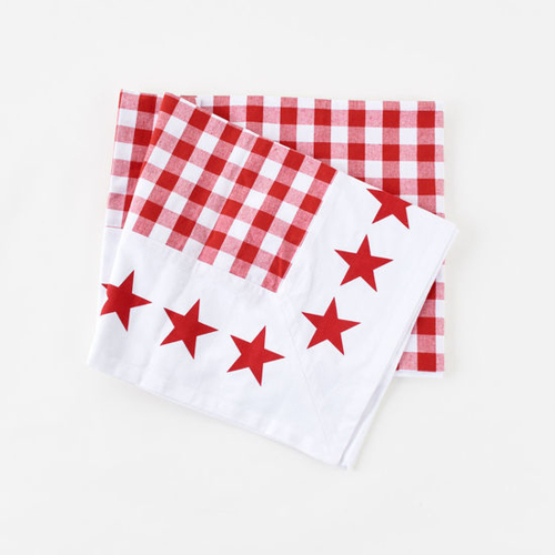 SALE!  Gingham w/Star Border Tablecloth