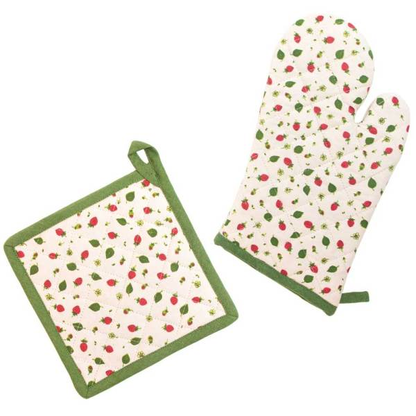 SALE!  Strawberry Season Oven Mitt & Potholder Set