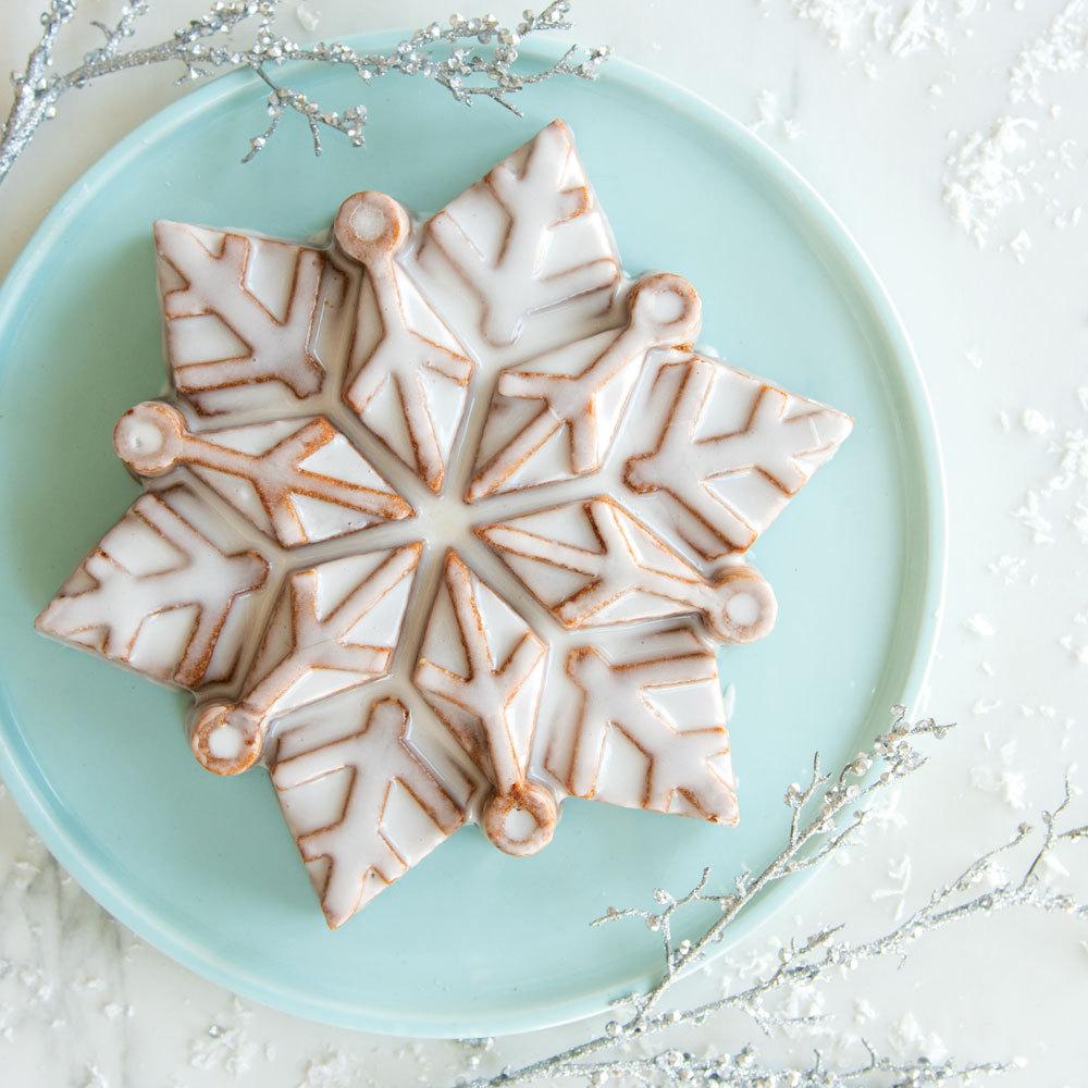 Disney Frozen 2 Cast Snowflake Cake Pan New Fancy Flours