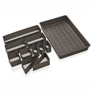 Countless Celebrations Cake Pan Set