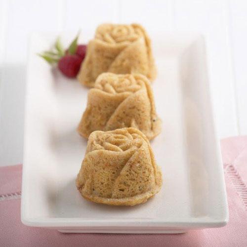 Sweetheart Rose Muffin Pan Nordic Ware Bakeware Fancy