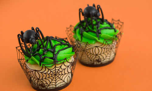 Spider Web Cupcakes How-To