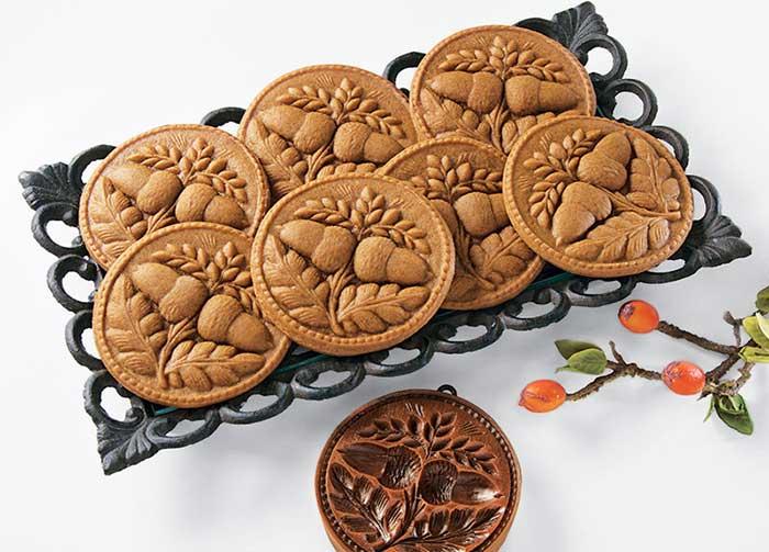 Molded Gingerbread Cookies