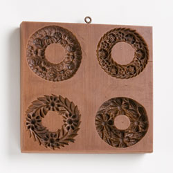 Four Wreaths Cookie Mold