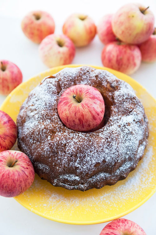 Fresh Apple Bundt Cake