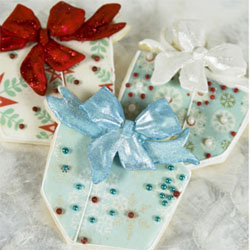Cookie Cutter Wrapped Gift Copper