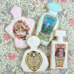 Vintage Perfume Bottle Labels Wafer Paper, Set of 32